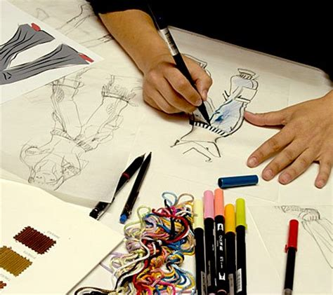 fashion design institute career in fashion designing the apparel creativity