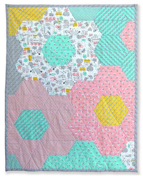 hexagon tutorial quilting inspiration hexagon quilt sew make believe