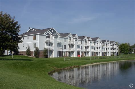 The Crossings Apartments Rentals   Grand Rapids, MI