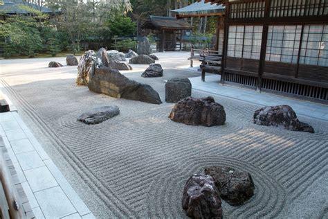 giardino zen interno giappone koyasan e i templi buddisti una rotta per nhaima
