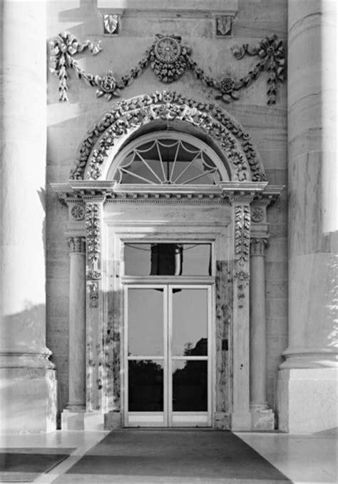 The White House Front Door What Does The President S Front Door Look Like Front Door Freak
