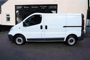 Vauxhall Vivaro Cer Vans For Sale 90 Bhp 5 Doors Manual Box Diesel 2010 60 Reg