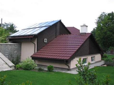 solar heating systems homes how to heat your home with solar panels robert kyriakides s weblog