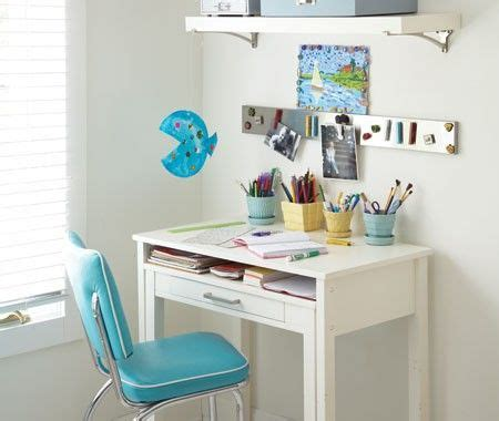 Small Kid Desk 35 Best Images About Kinderbureaus Tafels On Corner Table And Chairs And