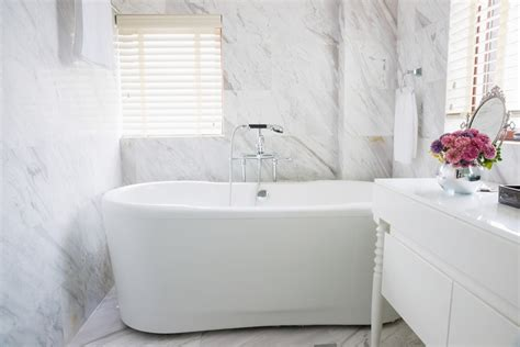 bathtubs and showers for small spaces bathroom ideas for small spaces designing idea
