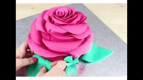 Kue Bunga Mawar membuat kue bentuk bunga mawar yang indah