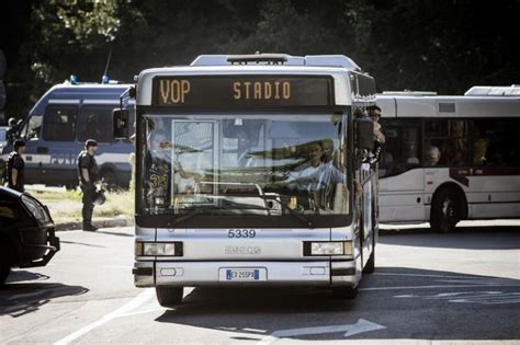 uffici atac roma atac roma pi 249 controllori sugli autobus giornalettismo