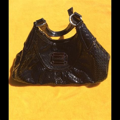 House Of Dereons Big Purse by 50 Dereon Handbags House Of Der 233 On Purse Never