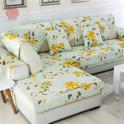 floral couches 2017 decorating trends with floral sofas in style