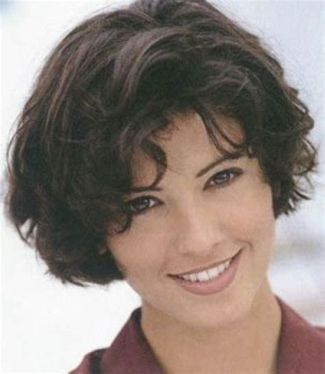oval fat face hairstyle awesome short hairstyles for thick coarse hair fashion