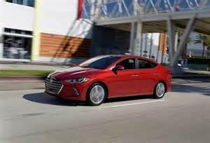 hyundai new car elantra new hyundai elantra 2016 india price specifications mileage