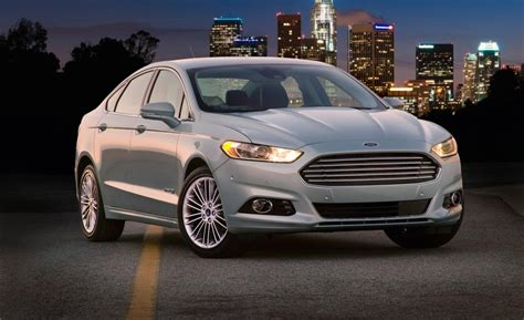 Ford Fusion 2013 Se by Car And Driver