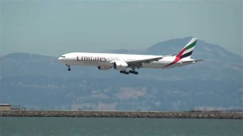 emirates tracking emirates flight status live tracking