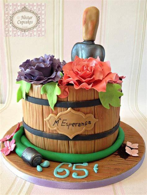 Flower Garden Cake Ideas Diy 25 Best Ideas About Flower Pot Cake On Pinterest Cupcake Flower Bouquets Cupcake Flower Pots