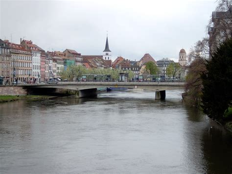 Fiume Che Bagna Strasburgo by 201 Glise Guillaume