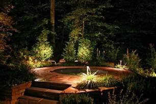 garten led beleuchtung tipps zur gartenbeleuchtung 25 ideen f 252 r zauberhafte