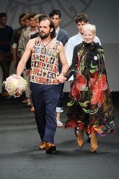 Farfum Wanita Town 1000 images about vivienne westwood husband andress on