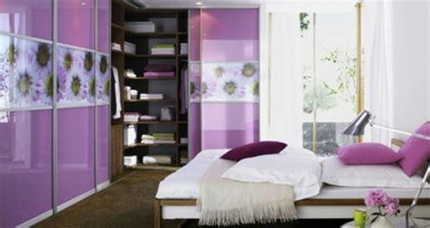 schlafzimmer für frauen eckschrank im schlafzimmer eine kluge idee archzine net