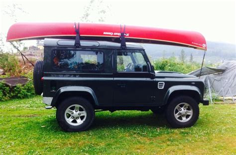 town and country land rover 41 best images about landrovers and canoes on