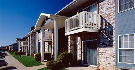 stoneridge appartments hamilton properties corporation stoneridge apartments