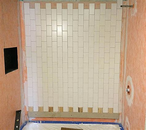 bathtub ledger board vertical running bond subway ledger ceramic tile advice