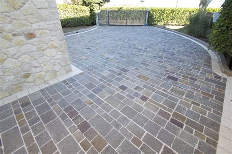 incollare piastrelle su piastrelle posa piastrelle da giardino su terra un adesivo per