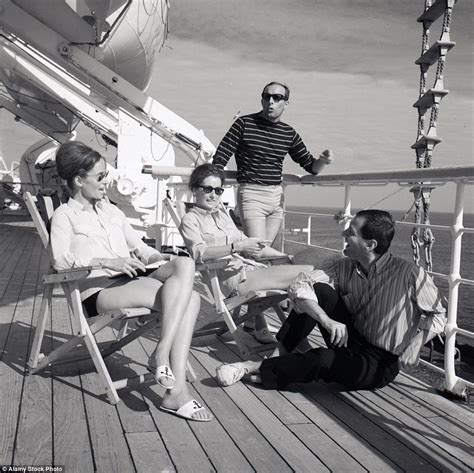 titanic boat history in hindi photos reveal life on board 19th century cruise ships