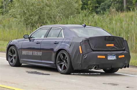 2015 chrysler 300 srt8 2015 chrysler 300 srt8 prototype rear three quarter photo 13