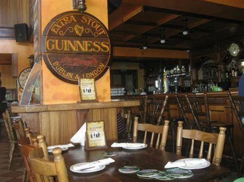 irish home decorating ideas image gallery irish pub decor