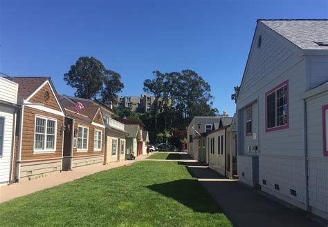 capitola house rentals capitola lawn way cottage capitola central coast