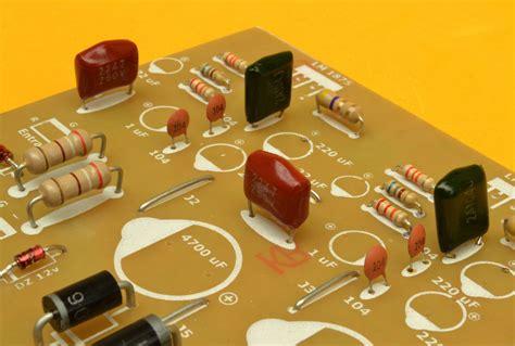 capacitor para estereo lificador est 233 reo de 60w con el circuito integrado tda2050