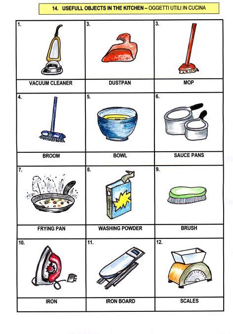 oggetti da cucina tavole a colori