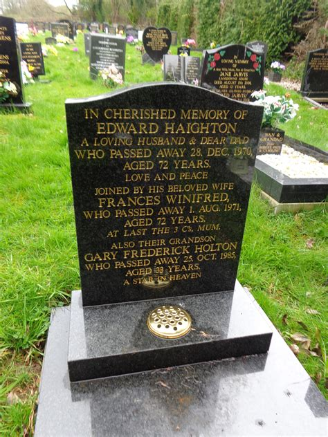 Find A Grave Gary Holton 1952 1985 Find A Grave Memorial