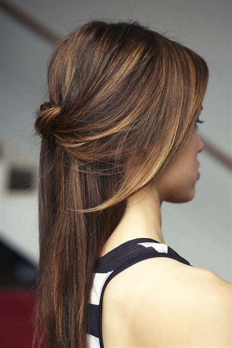 easy down hairstyles 25 gorgeous half up half down hairstyles mom fabulous