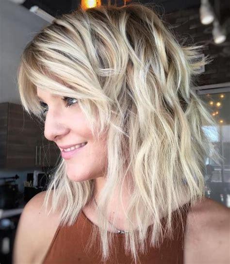 medi length hair styles 37 tagli di capelli medi moderni per le donne di tutte le et 224