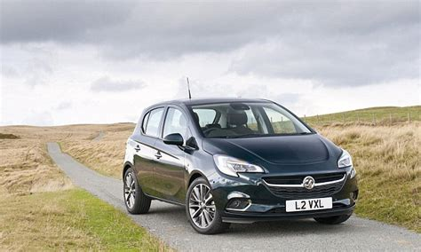 nearly new car sales new car sales nearly 10 in july 2017 smmt say