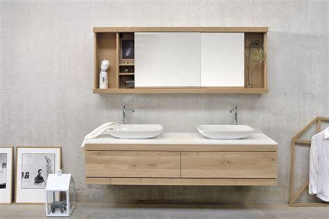 lade per il bagno allo specchio specchio contenitore bagno bagno tipologie di specchi
