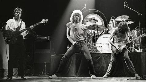 Lepaparazzi News Update Led Zeppelin To Play Comeback Concert by The Return Of Led Zeppelin Rolling