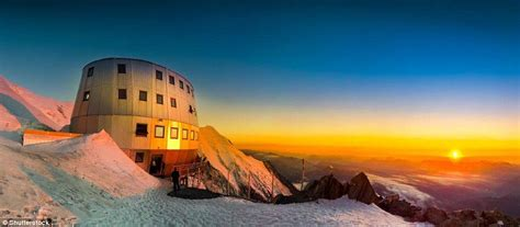 a night at refuge du gouter on mont blanc one of the