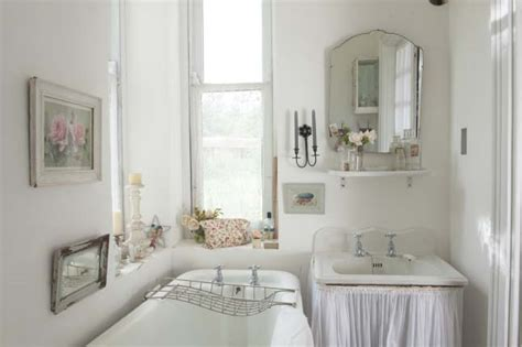 30 Shabby Chic Bathroom Design Ideas To Get Inspired Shabby Chic Small Bathroom Ideas
