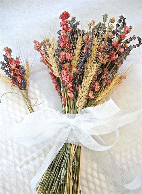 Inexpensive Wedding Flowers by Dried Bouquets An Inexpensive Alternative To Fresh