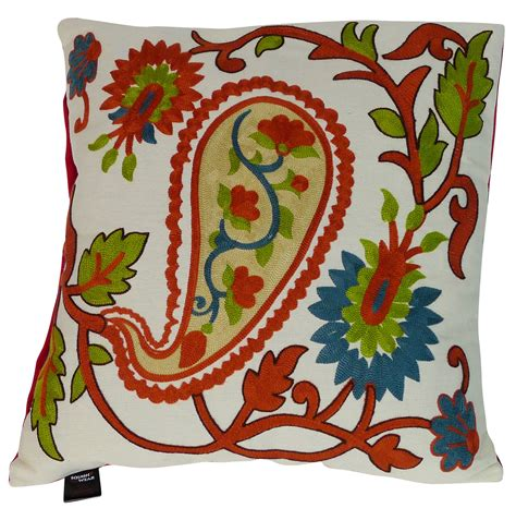 Pillow Embroidery Designs by Embroidery Designs On Pillow Cover Makaroka