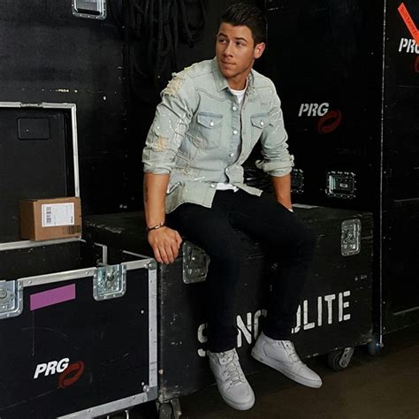 Offwhite I M His Sneaker Cde nick jonas readies the 2015 billboard awards wearing