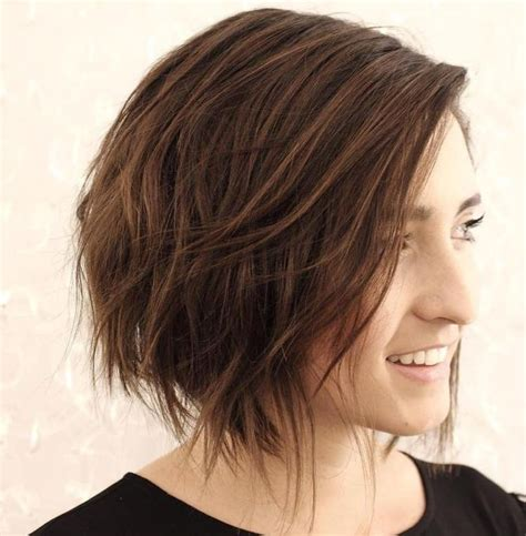hair styles for protruding chin 25 best ideas about messy bob haircuts on pinterest