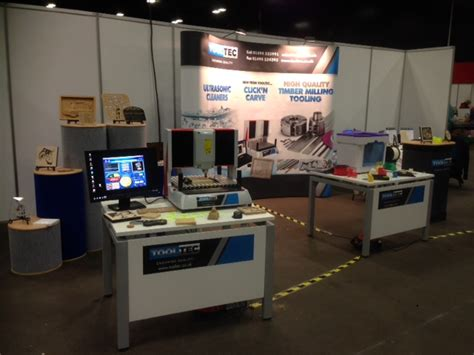 harrogate woodworking show exhibitions clickncarve cnc engraving machine by tooltec