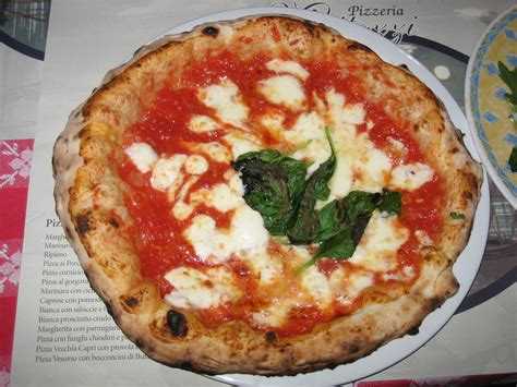 best pizza naples italy list i still a few places to visit daily