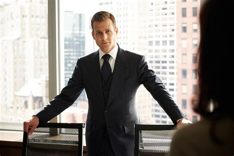 suites suits of harvey specter how to dress like him hair