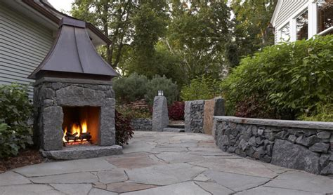 small backyard fireplace small outdoor fireplaces 6354