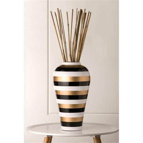 939 shae white gold and black ceramic vase