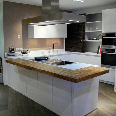 Exceptionnel Installer Plan De Travail Cuisine #5: cuisine-plan-de-travail-7-126-1-moyen.jpg